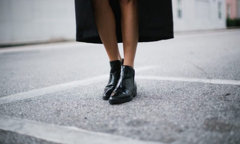 Ayakkabı Modası: Ankle Botlar Nasıl Kombinlenir?