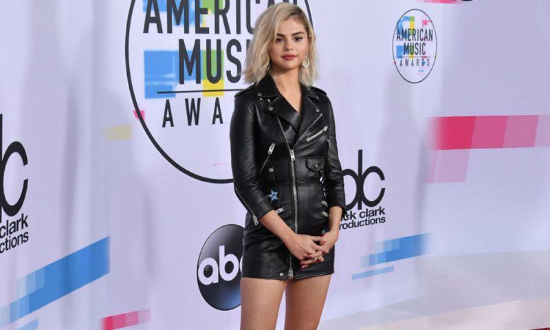 Stil Gecesi: Amerikan Müzik Ödülleri'nde Kim Ne Giydi?